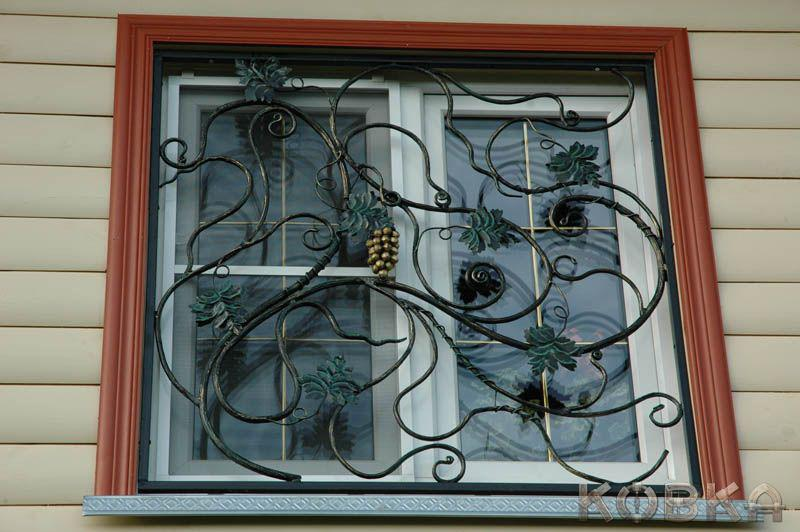 Кованную решетку на окно своими руками